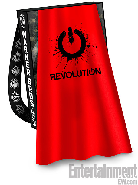 REVOLUTION-Comic-Con-2013-Cape