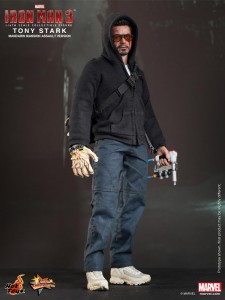 Hot Toys - Iron Man 3 - Tony Stark (Mandarin Mansion Assault Version) Collectible Figurine_PR1