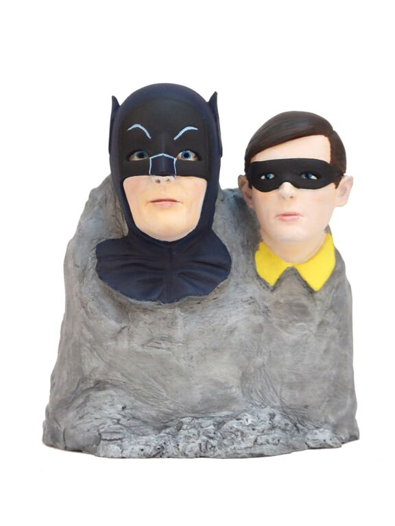 Batman – 1966 TV Series Dynamic Duo Color Monolith™ 2015 Convention Exclusive Factory Entertainment's Dynamic Duo™ Monolith™, features highly detailed likenesses of Batman and Robin, as portrayed by Adam West and Burt Ward, sculpted in polystone and individually hand-finished! This Convention Exclusive variant features our heroes in full color and is sure to please fans old and new! Limited to 200 pieces.