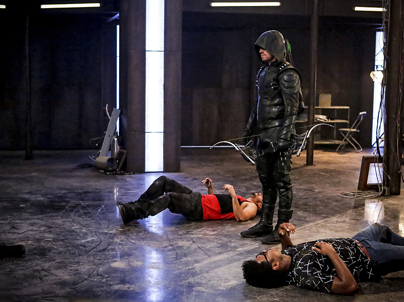 arrow-season-5-episode-2-new-recruits-3