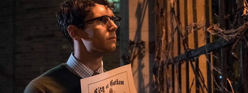 "GOTHAM: Cory Michael Smith in the""Mad City: Look Into My Eyes"" episode of GOTHAM airing Monday, Oct. 3 (8:00-9:01 PM ET/PT) on FOX.  ©2016 Fox Broadcasting Co. Cr: Jeff Neumann/FOX."